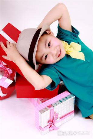 欢乐喜洋洋专业儿童摄影(经开店)