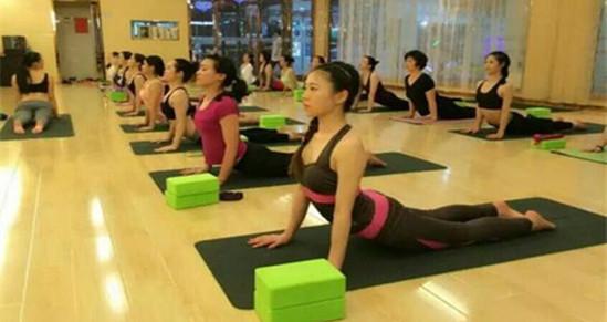 纤雅瑜伽工作室