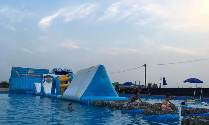 人工湖动漫游乐场