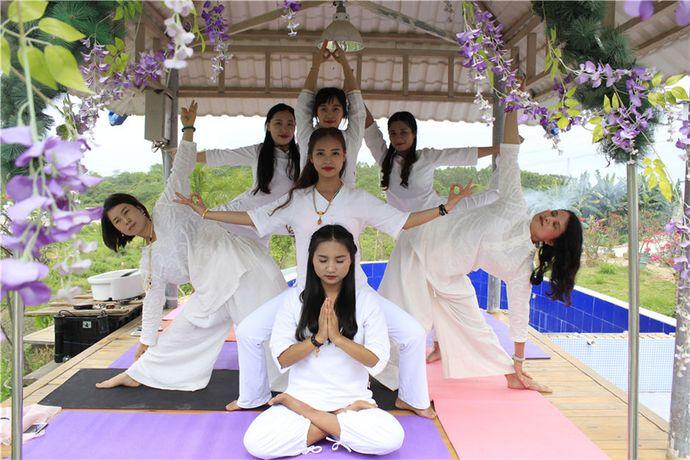 印心瑜伽教练培训学院
