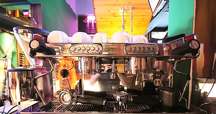 心动咖啡酒吧