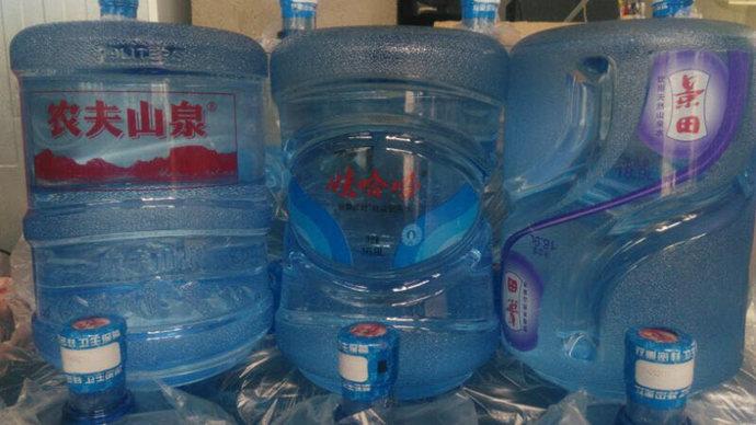 盘龙城桶装水配送中心