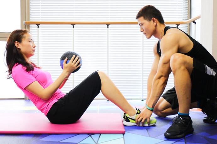 二十四小时互动健身工作室(颐泉汇店)