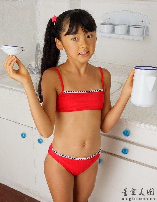 金子美穗泳裝 觸屏版圖片