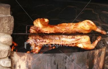 里脊肉是哪里的肉_烤猪_烤全猪,烤猪图片图片